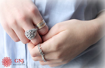 Tips-to-choose-jewelry-for-your-skin-tone-feature-image